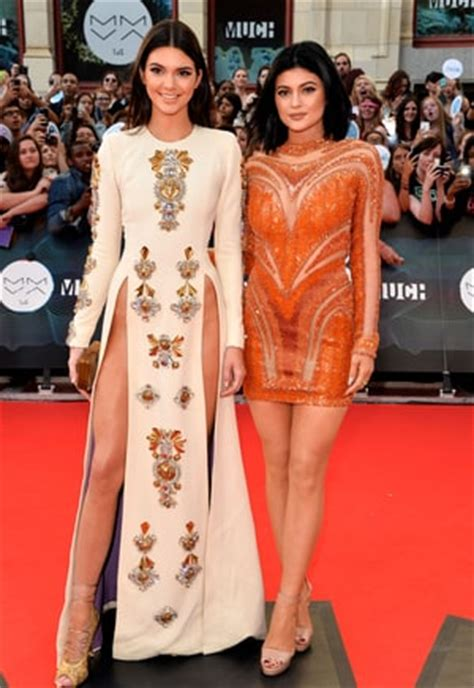 women in dresses without underclothes photos kendall jenner goes without underwear in daring muchmusic
