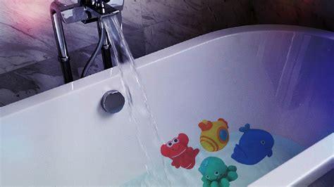 drowning in a bathtub washington city girl nearly drowns in bathtub kutv