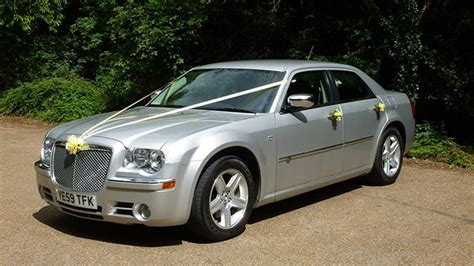 Wedding Car Buckinghamshire by Modern Chrysler Wedding Car Hire Winslow Buckinghamshire