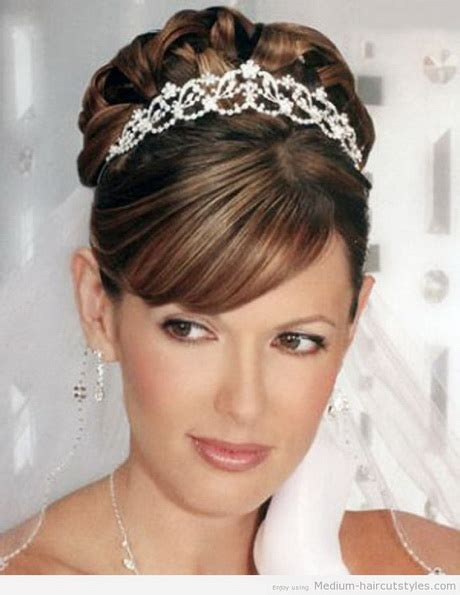 wedding hair small face bridal hairstyles for round face