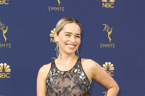 emilia clarke tattoo emilia clarke gets of thrones inspired