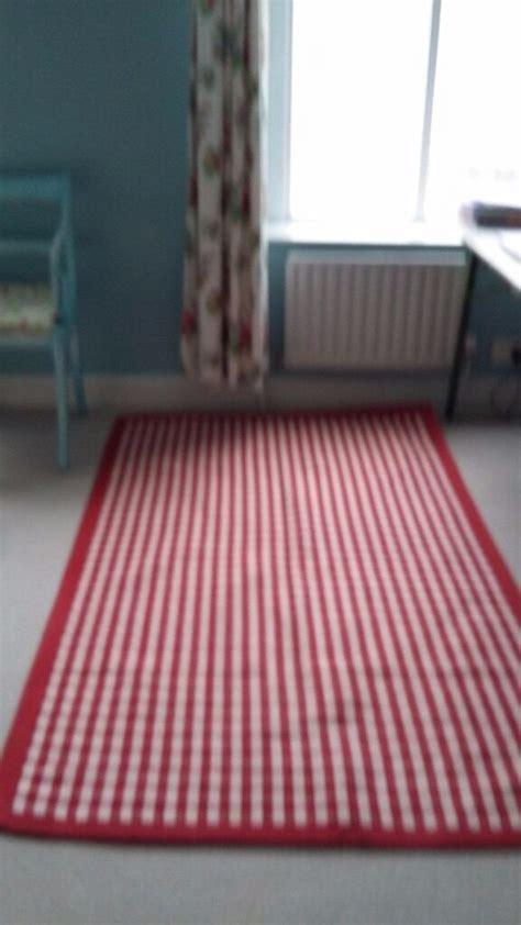 laura ashley large red  white check rug  splott