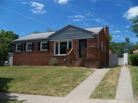 2221 barstow rd lansing michigan 48906 reo home details