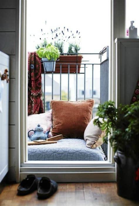 kleiner balkon gestalten kleinen balkon gestalten laden sie den sommer zu sich