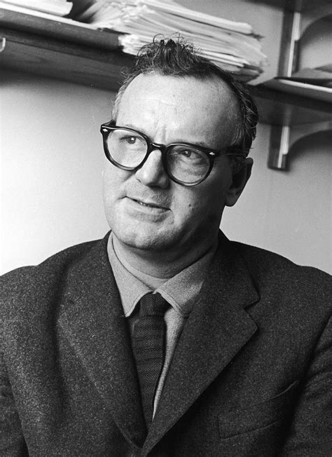 C Wright Mills | c wright mills the sociologist biography facts and quotes