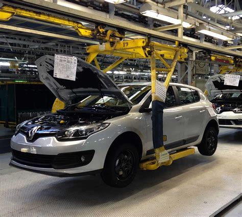 renault iran renault s exports to iran increase financial tribune