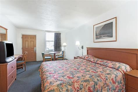 rooms in wendover knights inn wendover in wendover hotel rates reviews on orbitz