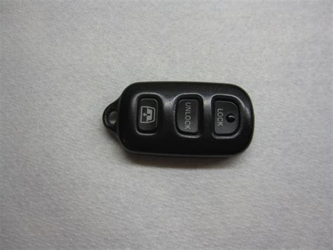 Replace Battery In Toyota Key Fob Toyota Key Fob Battery Replacement Guide 102