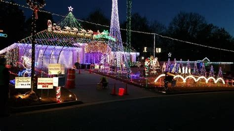 best christmas house displays in columbus ga here are the 8 best displays in