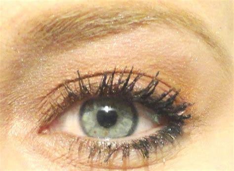Brons Oogschaduw wat doet make up oogschaduw