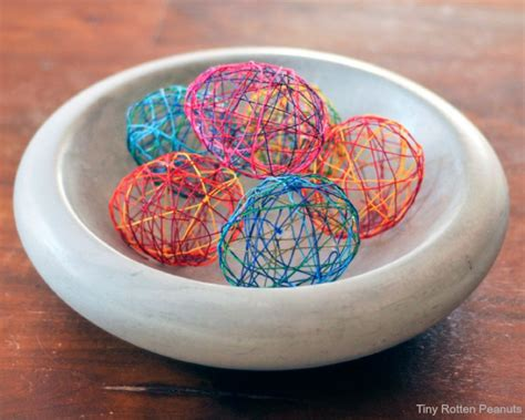 cool easter eggs cool craft string easter eggs craftwhack