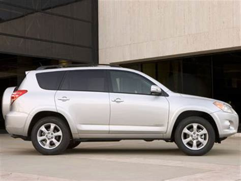 2009 toyota rav4 pricing ratings reviews kelley blue book