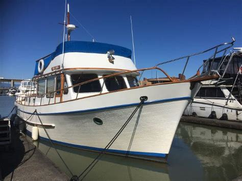 boat brokers richmond canadian yacht ship brokers inc richmond boats for