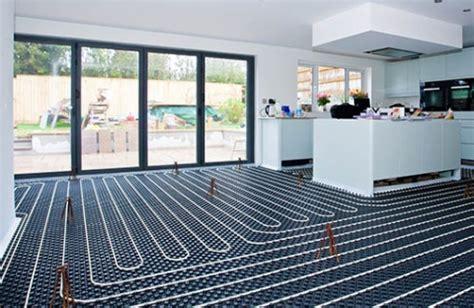 riscaldamento a pavimento caldaia radiatori e pannelli radianti per le caldaie a