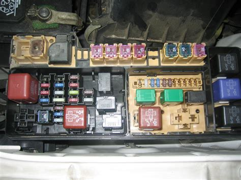 2005 Toyota Matrix Radio Fuse