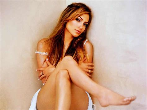 biography in spanish on jennifer lopez jennifer lopez biography and photos girls idols