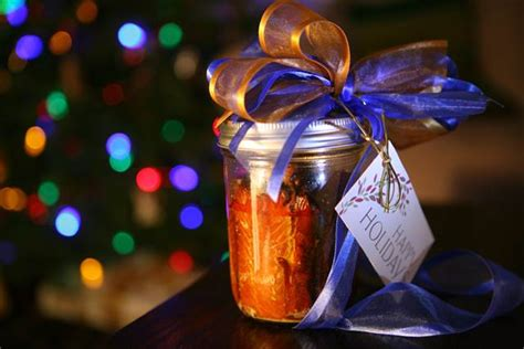 holiday food baskets may give gift of botulism health