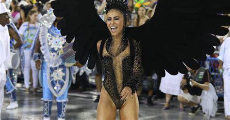 50 Sabrina Onde sabrina sato paga entre r 50 mil e r 80 mil em fantasias de carnaval justo