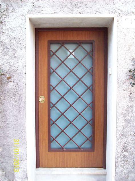 porta blindata vetro foto porte blindate con grata e vetro antisfondamento di