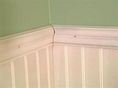Wainscoting Molding How To Install Beadboard Wainscoting How Tos Diy