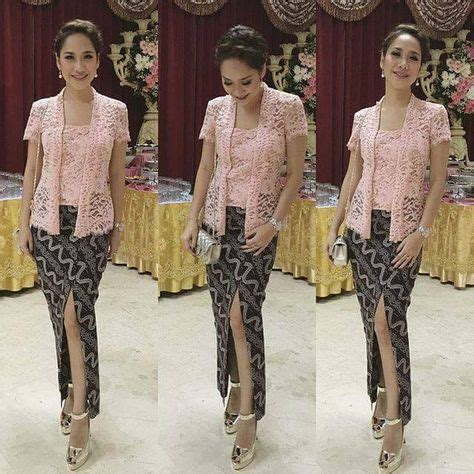 Lestari Batik model kebaya pink bunga citra lestari dengan bawahan batik blus kebaya kebaya