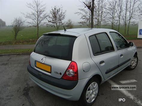 2004 Renault Clio Ii Extr 234 Me Car Photo And Specs