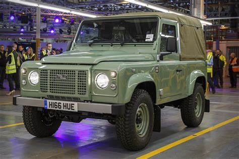 the last land rover defender hiconsumption