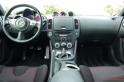 service manual how remove dash on a 2009 nissan 370z car and driver dashboard of 2009
