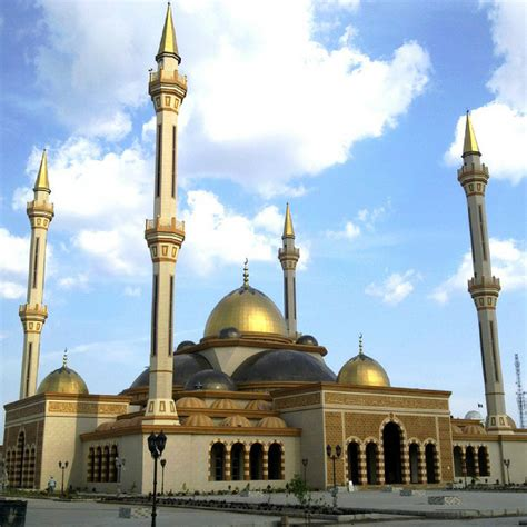 top religions in nigeria and the numbers of their adherents