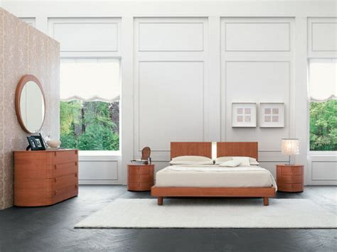 Bedroom Decor Simple Simple Bedroom Decoration With Wood Furniture Home