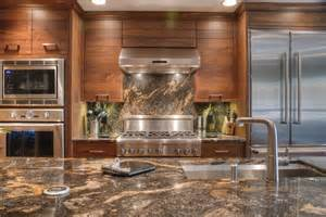 cuisine tapisserie cuisine moderne avec clair couleur