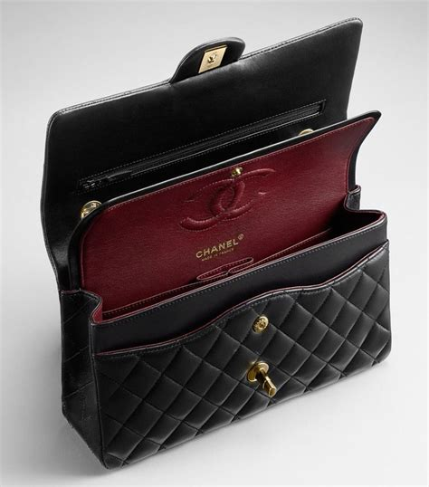 2 Die 4 Chanel Classic Flap Bag by Chanel Flap Bag Reference Guide Chanel
