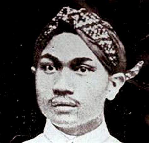 biography pattimura asal dr soetomo blackhairstylecuts com