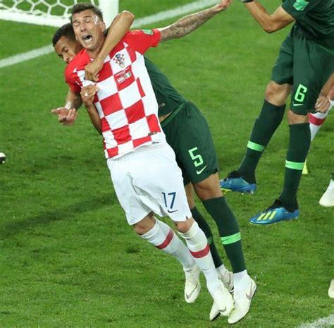 nigeria vs croatia mandzukic shocked penalty