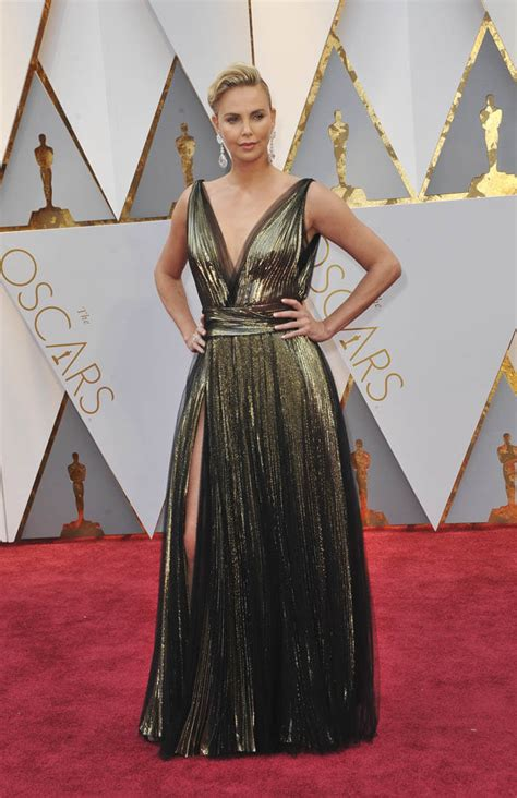 film oscar charlize theron charlize theron is duana s worst dressed at the 2017 oscars