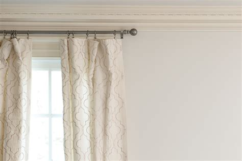 hang drapes 19 cute photos of hanging curtains homes alternative 31611