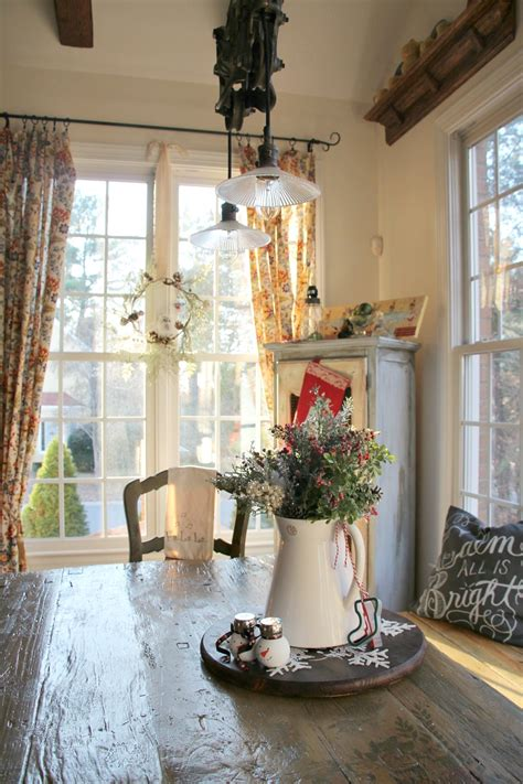 Kitchen Christmas Decorating Ideas simple christmas decorating ideas in the kitchen debbiedoos