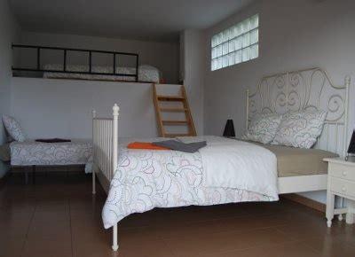 met vier in bed spanje casa el algarrobo in malaga met vier in bed