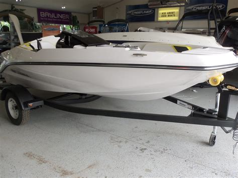 scarab boat motor 2017 scarab 165 ghost 15 foot 2017 wellcraft scarab