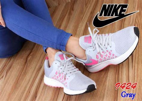 Sepatu Merk Nike Untuk Wanita harga sepatu nike wanita terbaru 2017 model untuk olah