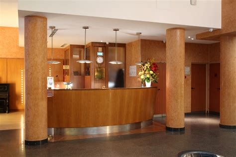 front reception desks file reception front desk 1 opera cadet hotel jpg