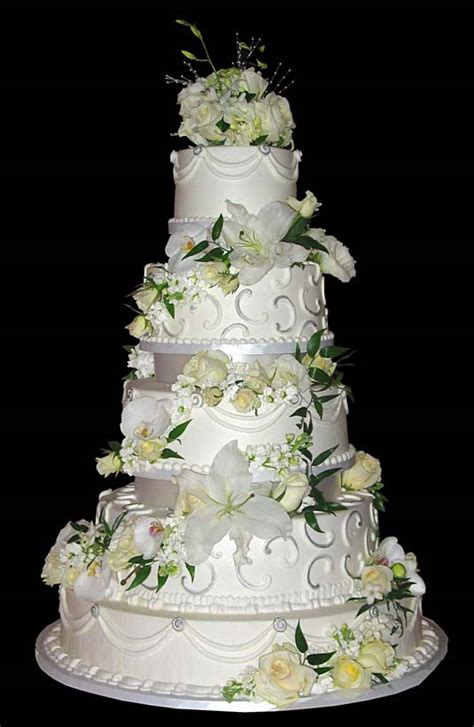 Detailed Wedding Cakes by Snuggle S Simple Wedding Dresses With Sleeves Show