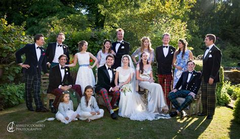 Family Group Photos at your wedding   Ashley Coombes
