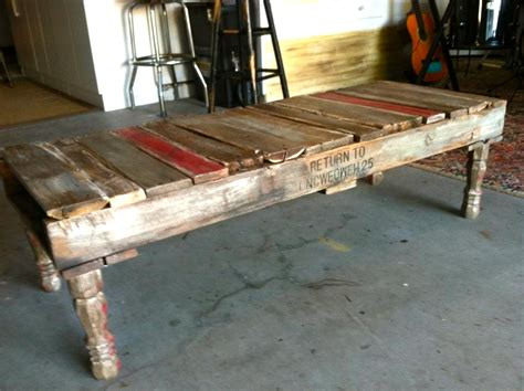 home made repurposhed pallet coffee table homejelly