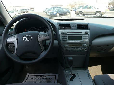 Toyota Camry 2011 Interior by 2011 Toyota Camry Pictures Cargurus