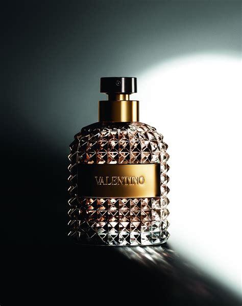 valentino uomo valentino uomo shines at fragrance awards