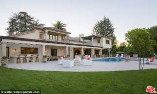 scores herself a brand new 4m mansion just