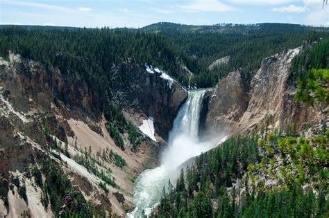 yellowstone lower falls waterfall in yellowstone images of yellowstone national park