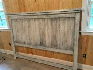 Platform Bed Made Out Of Pallets - diy pallet wood farmhouse style headboard 101 pallets