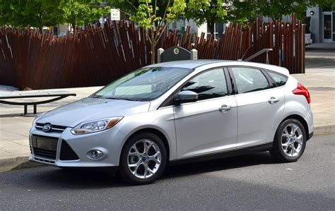 2012 ford focus reviews 2012 ford focus sel review digital trends